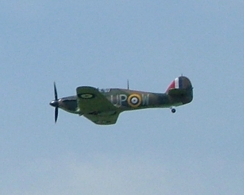 RAF Hurricane photographed by Elsie esq (http://www.flickr.com/photo_zoom.gne?id=39880930&size=o)